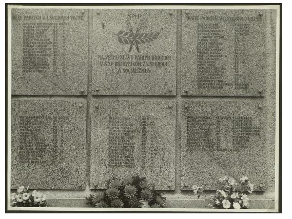 Lúčky Pomník